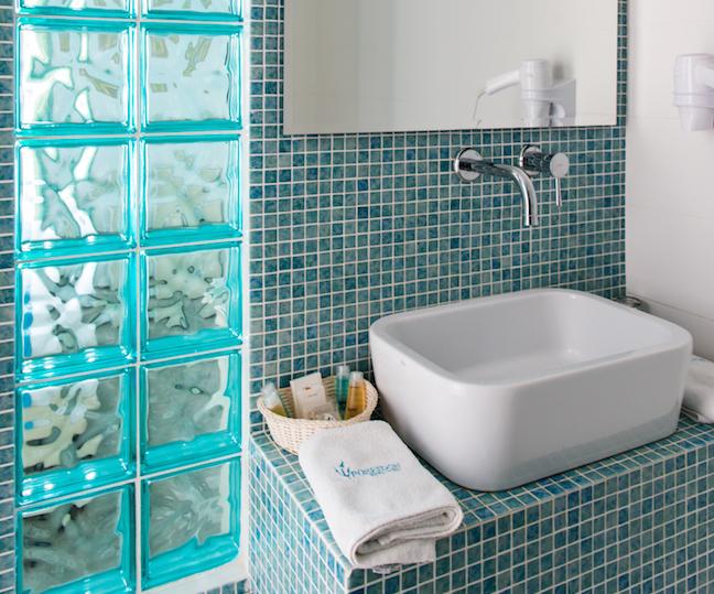 Poseidon-hotel-Suites-web-50-648x539