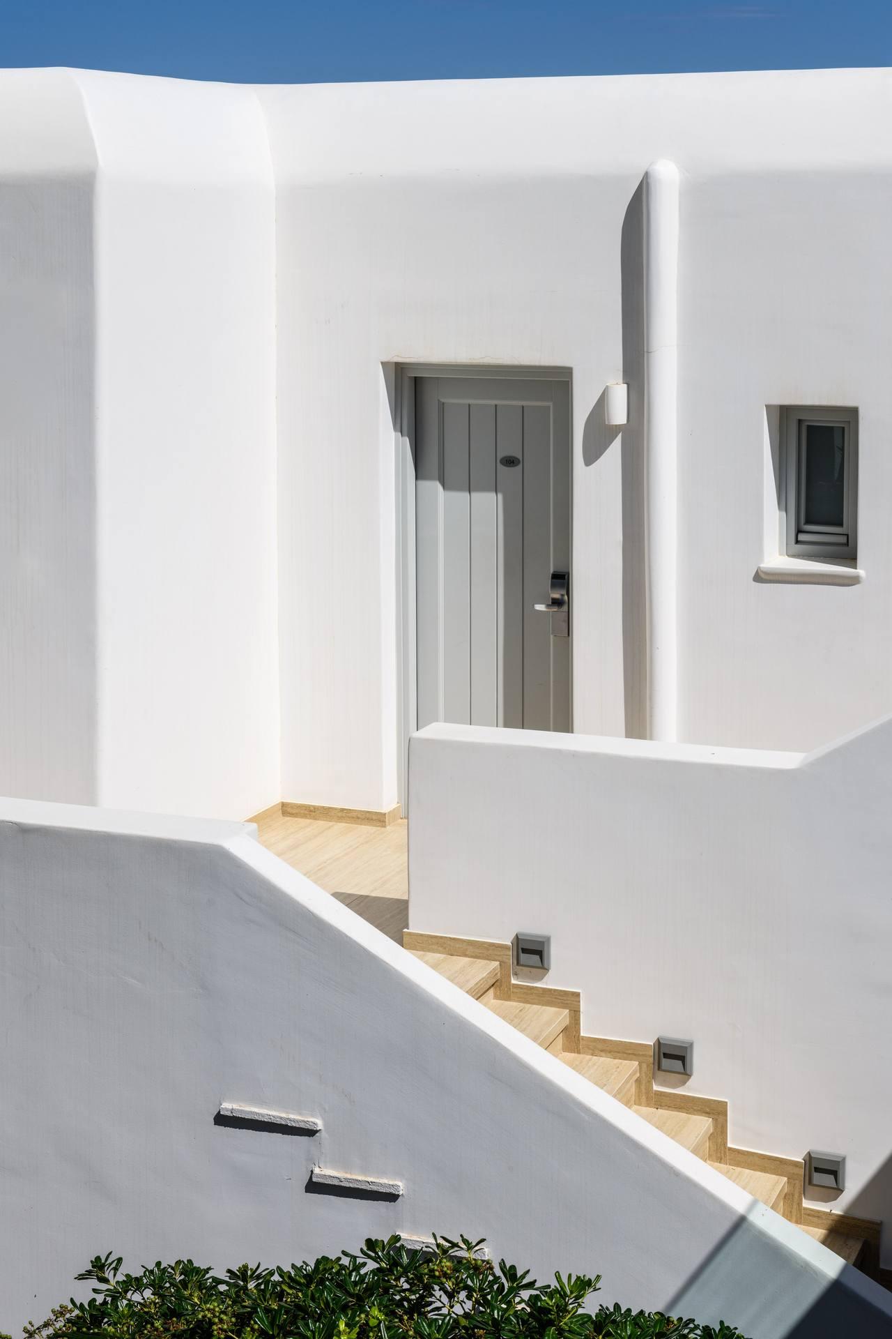 POSEIDON HOTEL AND SUITES MYKONOS